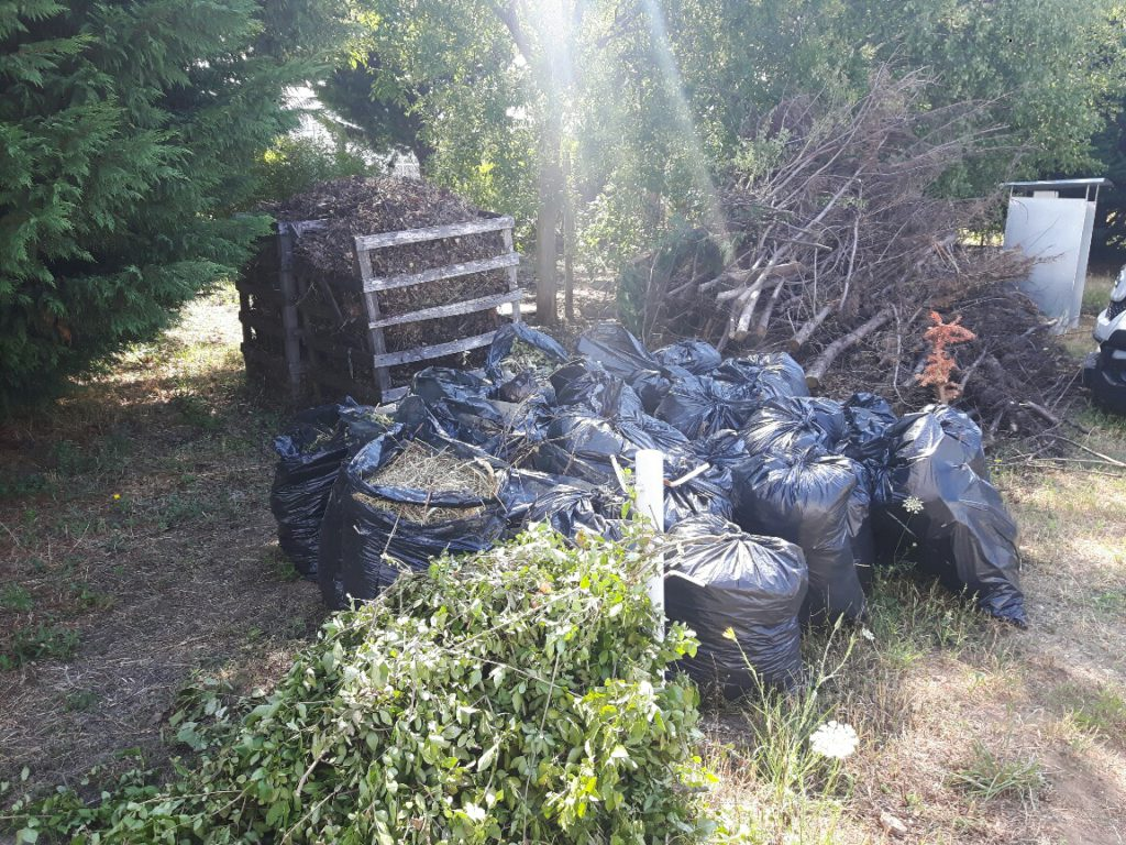 kerti hulladékgyűjtő
